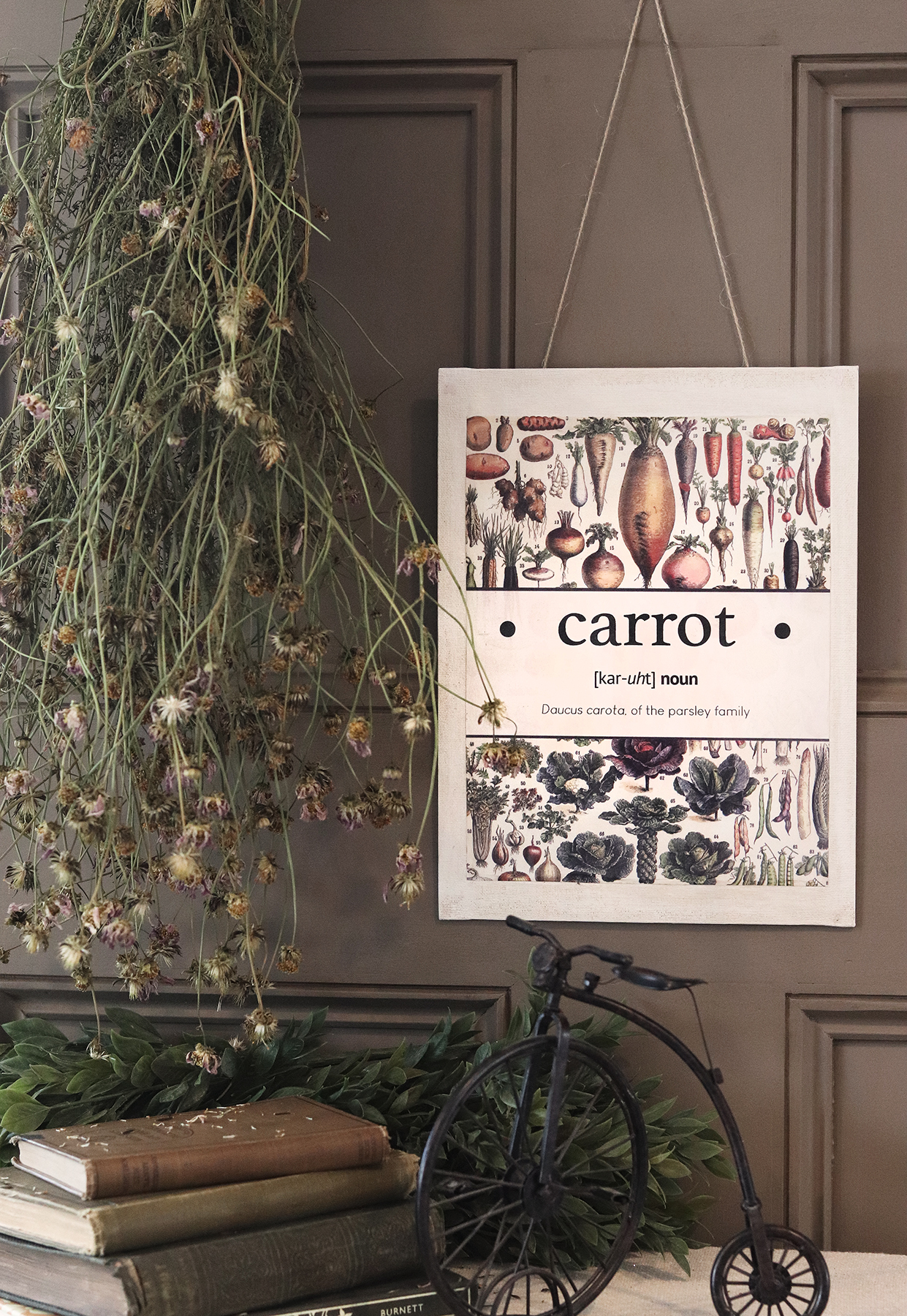 Boroughfare Home Cottage Garden Wall Hanging Carrot